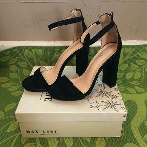 Nasty Gal size 8 heels